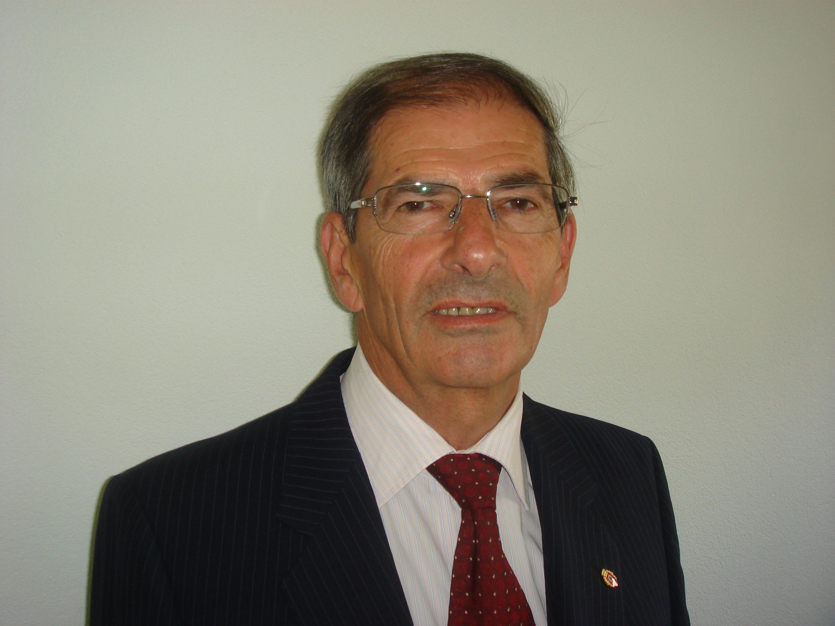 Dr. Paul Fries